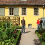 Me standing before Goethe's house!