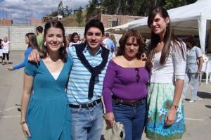 Jill, Paúl, Mamá and I
